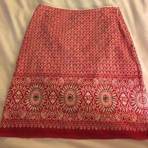 Elie  Tahari size small rhinestone embellish skirt