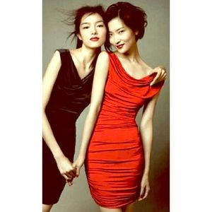H&M Red Ruched Dress