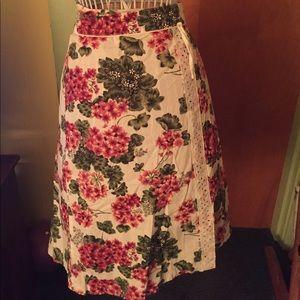 Speechless floral zip up skirt