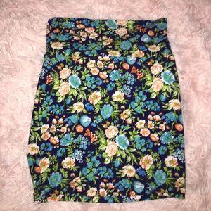 Floral Body con mini skirt
