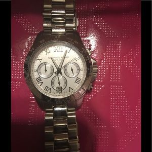 Authentic MK watch good condition. Must sell asap