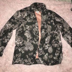 Grey 3/4 sleeve floral blazer