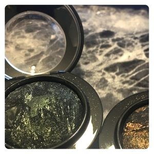 MAC baked shadow