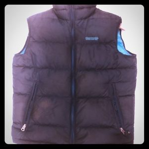 Abercrombie & Fitch Mens puffer Vest Size Small