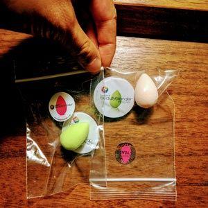 NWT 2 Beautyblender Micro Mini *FIRM PRICE*