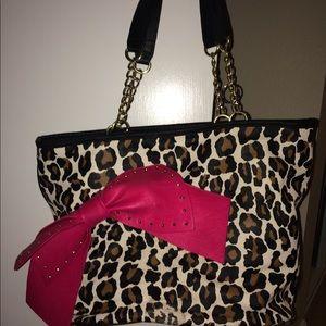 Betsey johnson tote cheetah print with pink bow
