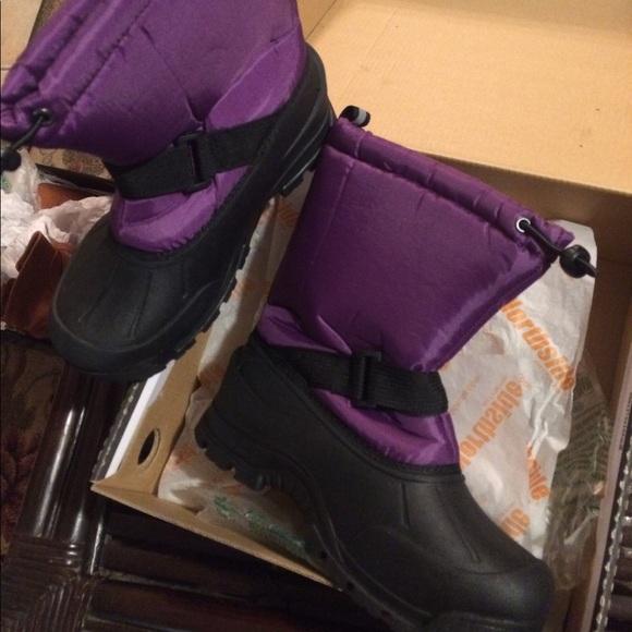 Northside Shoes - Women's Northside rain boots size 5 nib