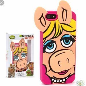 iPhone 5 case Miss Piggy Muppets
