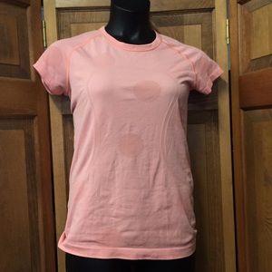 Lululemon Athletica Peach Tshirt Polka Dot Gym Top