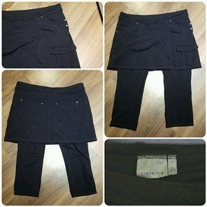 Athleta - 2-in-1 Black Bettona Skirted Capri - XL
