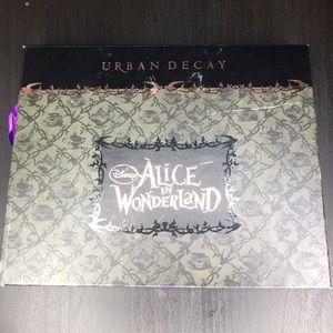 Urban Decay Alice in Wonderland Palette