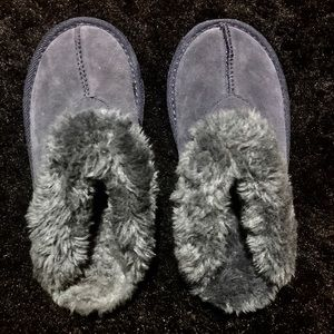 Faux Fur Suede Slip On Gray Shoes Slippers?