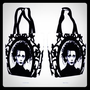15x15 Edward scissor hands gothic purse