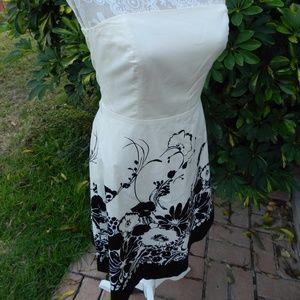 Ann Taylor B&W Floral Strapless A-Line Dress 4P