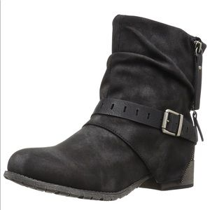 Black Distressed Motorcycle Boot