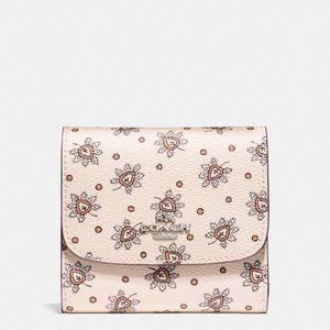 💖Brand New💖 Coach small wallet in Forest bud