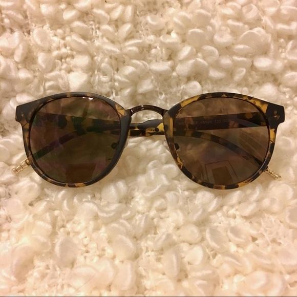 3bb5c81f2ed Lucky Brand Accessories - Lucky Brand Melrose Sunglasses