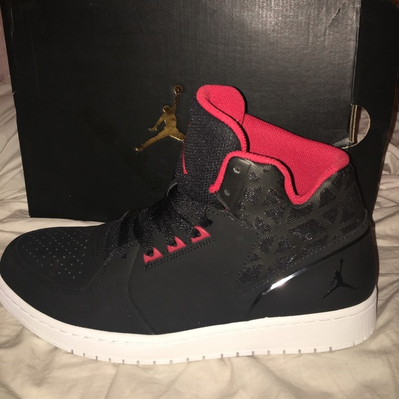 Nike Shoes - JORDAN 1s FLIGHT 3❤️