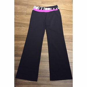 Lululemon Black with Pink Waistband Yoga Pants - 8