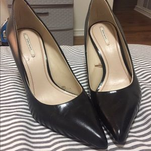 Zara black leather pumps