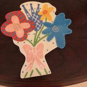 Decorative plate hanger