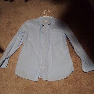 Sz.  M Old Navy light Chambray button down shirt