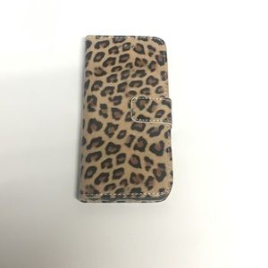 📱iPhone 6 or 6S Animal Print Cover🐆