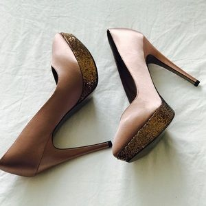 Gorgeous Platform Heels 👠