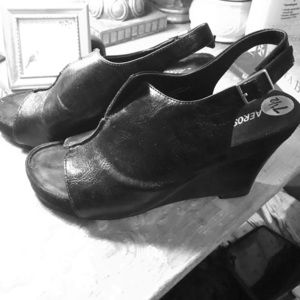 Black leather top shoes