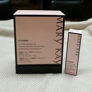 Mary Kay Time wise microdermabrasiin set brand new