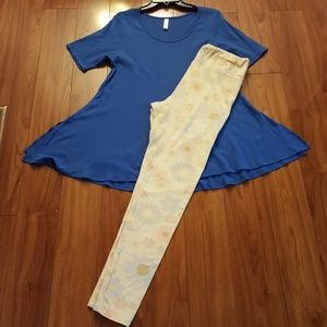 Lularoe Small blue perfect tee & TC leggings
