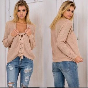 Trendy lace up knitted sweater beige 🌸new M🌸