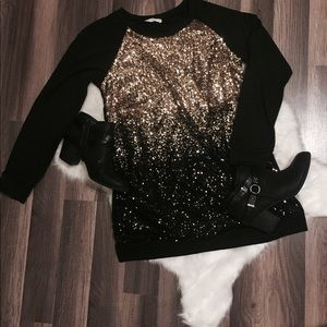 Boutique style ombré sequined sweater tunic