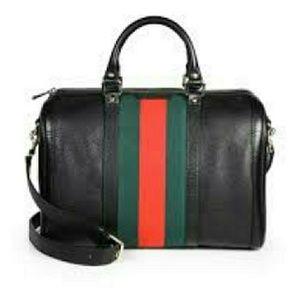 MUST GO !!!! 🎉Bostonian Satchel Handbag