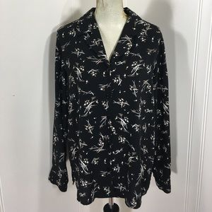 All Items 3for$15! XL Floral Button Blouse