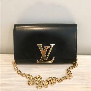 Louis Vuitton Chain Louise GM black clutch bag