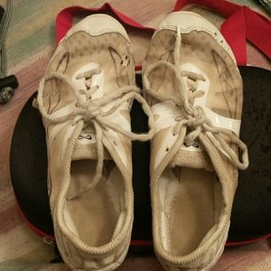 Used Nfinity Vengeance cheer shoes size 7.5