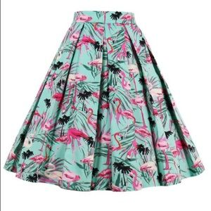 Dresses & Skirts - 🆕🍁➕Flamingo Box Pleated Skirt
