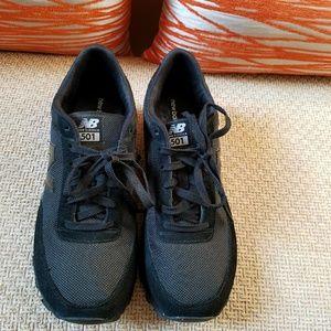 New Balance sneakers women's black on black
