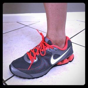 Nike reax run 7