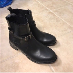 Croft & Barrow black ankle boots size 8.5