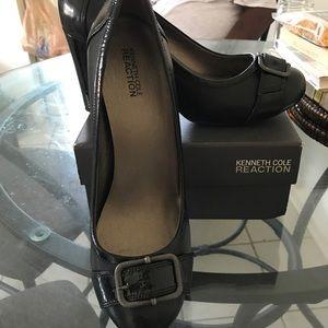 Block shoes with heel