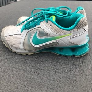 Nike Reax Run 8 size 7.5