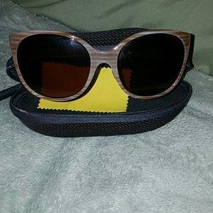 Costa Women's Goby Polarized Sunglasses