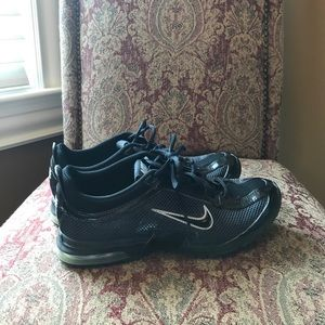 Nike Essential Trainers