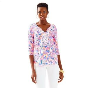 NWT Lilly Pulitzer Holly Top in Shell of a Time