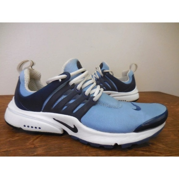 best cheap 9ce57 ac5a0 Nike Presto Carolina blue prestos women's XS 7-7.5