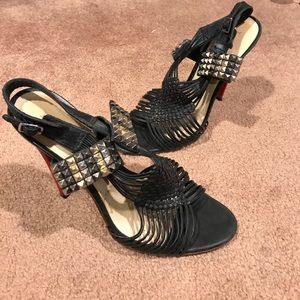 L.A.M.B. Black red spike woven leather sandals