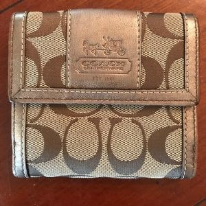 Coach wallet with signature Coach signs