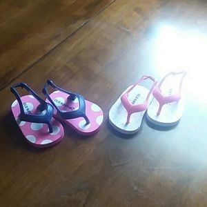 Old navy girl shoes size 1